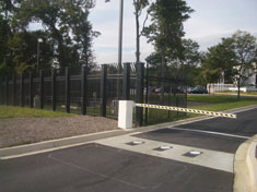 Crash Rated Fence with Barrier arm and Hydraulic bollards