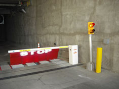 Single Wedge Barrier